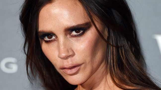 Victoria Beckham Victoria Beckham39s smokyeyed makeup mistake don39t let