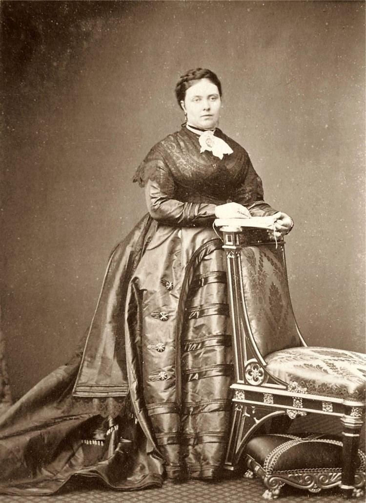 Victoria, Princess Royal httpsuploadwikimediaorgwikipediacommonsdd