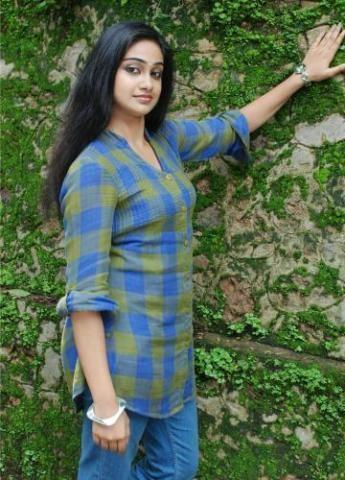 Vidhya Unni Unni Malayalam Film Actress Stills Photos 7