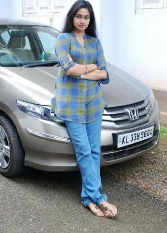 Vidhya Unni Unni Malayalam Film Actress Stills Photos 12