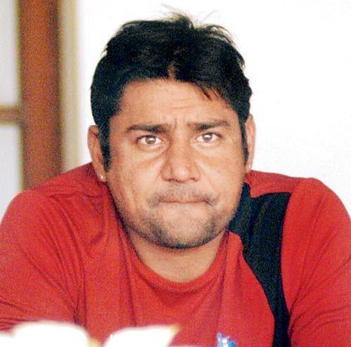 Vijay Dahiya (Cricketer) family