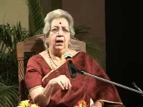 Vijaya Mehta VIJAYA MEHTA ON MAHESH ELKUNCHWAR10MARCH 2011wmv YouTube