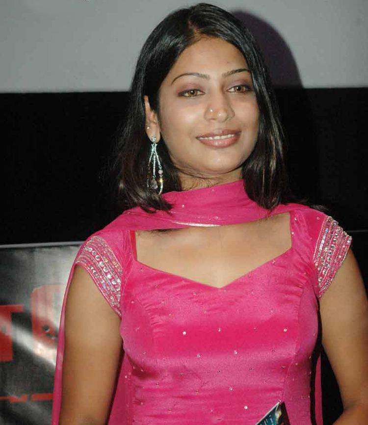Vijayalakshmi (Tamil actress) Vijayalakshmi Tamil actress JungleKeyin Image 150