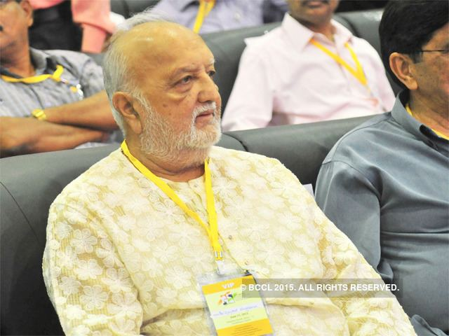 Vijaypat Singhania Grandchildren drag Vijaypat Singhania to court over