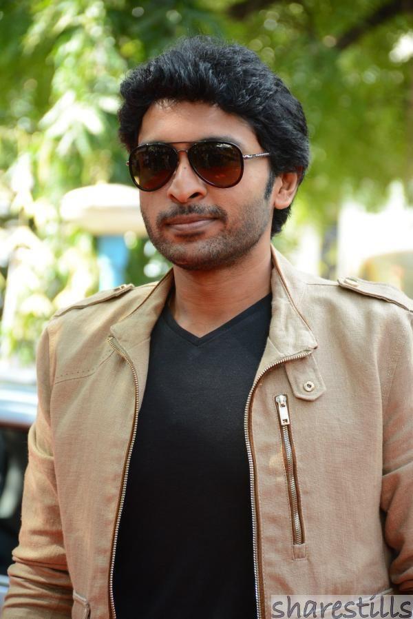 Vikram Prabhu Vikram Prabhu at Sandamarutham Audio Launch Tamil Actor