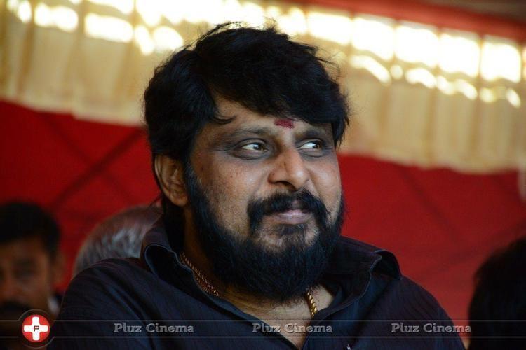 Vikraman Vikraman director tamil film industry hunger strike