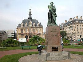 Vincennes httpsuploadwikimediaorgwikipediacommonsthu