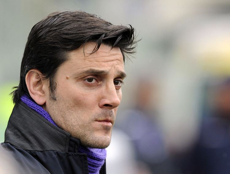 Vincenzo Montella Fiorentina Face The Napoli Challenge While Milan With An