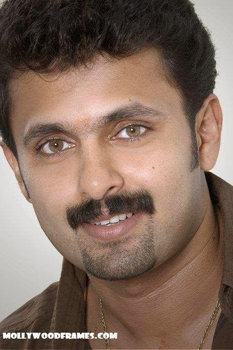 Vineeth Kumar Vineeth Kumar forays into direction with Ranjith39s script