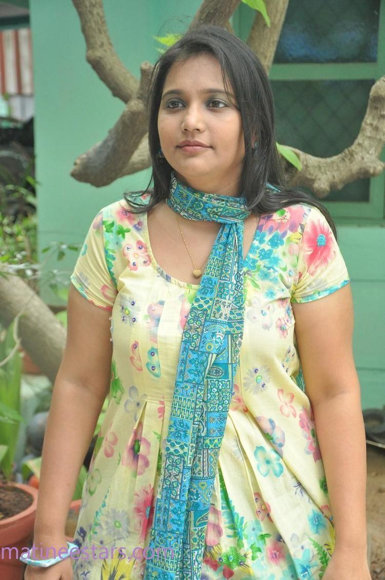 Vinodhini Vinodhini Photos Actress Gallery High Resolution