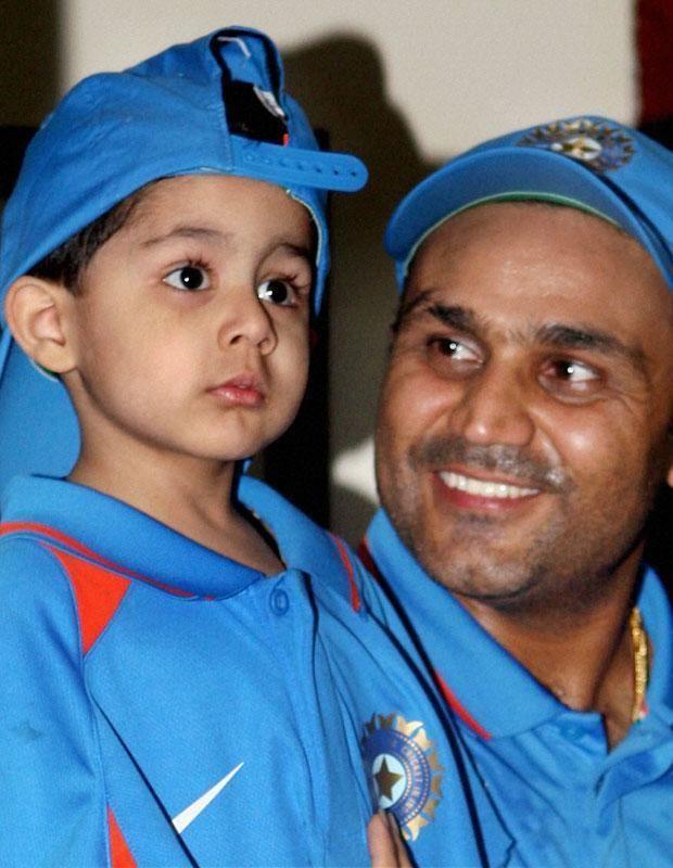 Virender Sehwag (Cricketer) family