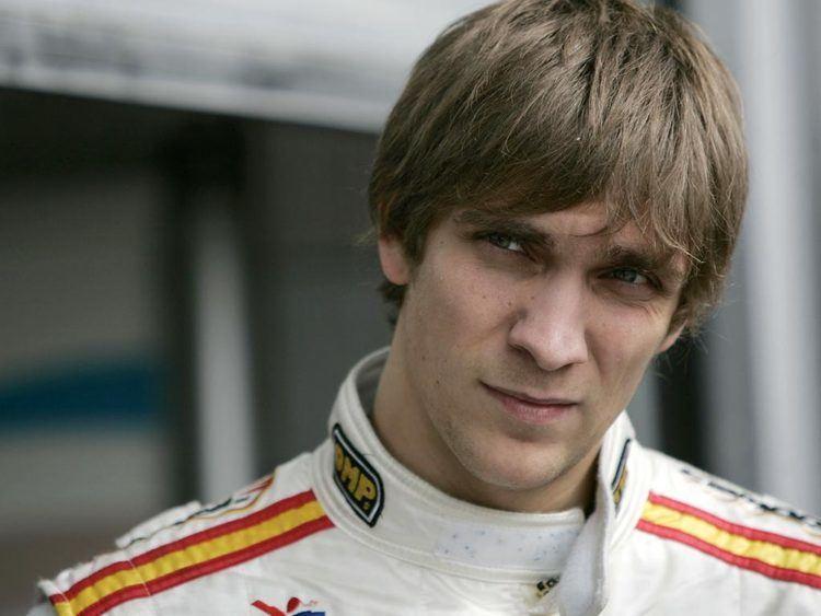 Vitaly Petrov Renault set to unveil Petrov GForce A Formula 1 Blog