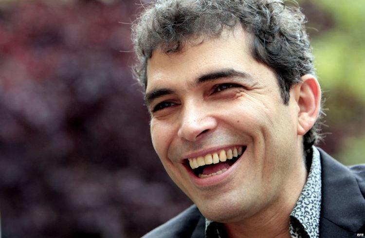 Vladimir Cruz La Ctedra Jos Mart invita al actor Vladimir Cruz a