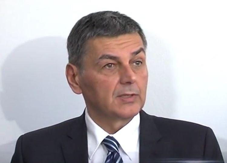 Vladimir Šišljagić POTPUNI POTRES U HDSSBU Iz stranke izbaen i Vladimir iljagi