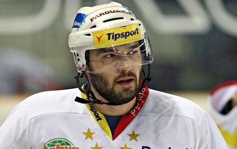 Vladimir Sicak Pardubick hokejista Vladimr Sik Porod pi finle To