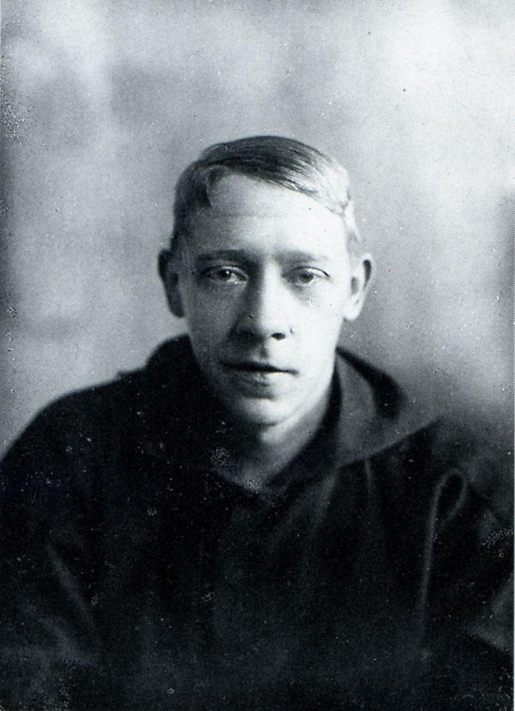 Vladimir Tatlin httpsuploadwikimediaorgwikipediacommons99
