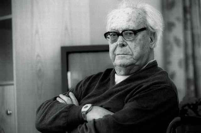Vladimir Velebit Burujski komunist MLADINAsi