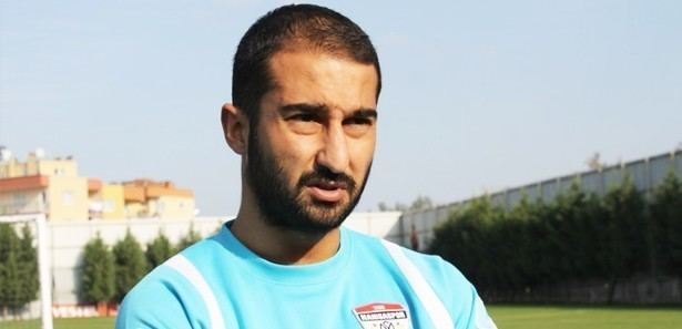 Volkan Babacan Classify this footballer and does he look similar to BeReal
