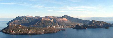 Vulcano httpsuploadwikimediaorgwikipediacommonsthu