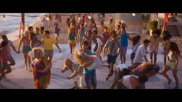 Walking on Sunshine (film) Walking On Sunshine Official Trailer Vertigo Films HD YouTube