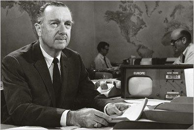 Walter Cronkite Walter Cronkite Iconic Anchorman Dies at 92 The New