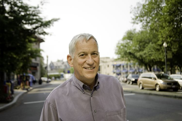 Walter Isaacson About Walter Isaacson The Aspen Institute
