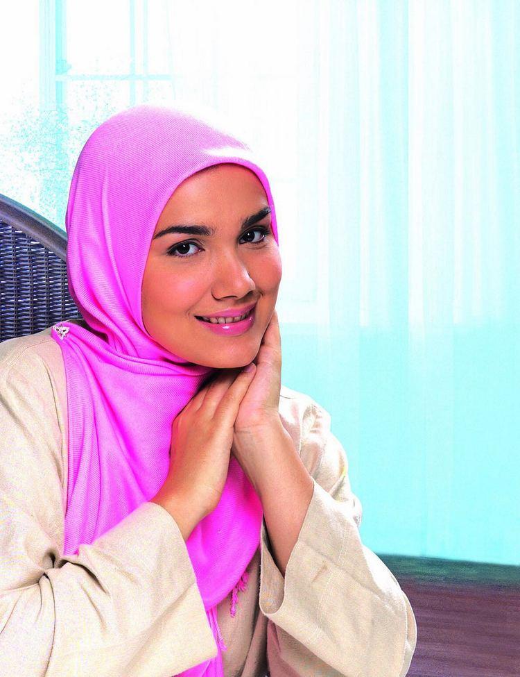 Wardina Safiyyah httpsc2staticflickrcom655309253623662a1cc