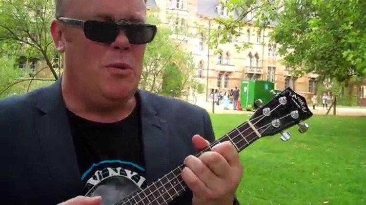Warwick Murray An Ode to Milton Keynes by Warwick Murray Live at Oxford University