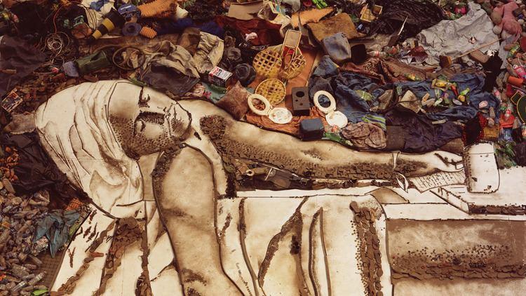 Waste Land (film) Waste Land Vik Muniz Paints Portraits of Garbage Pickers