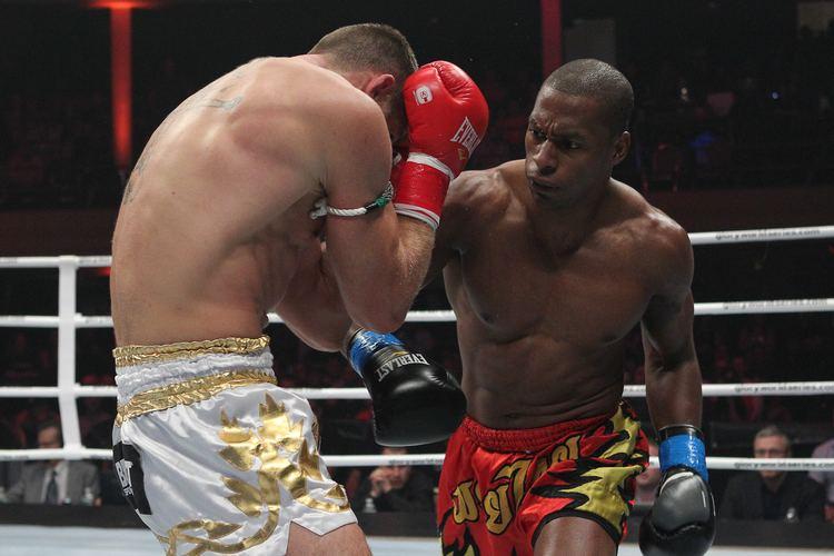 Wayne Barrett (kickboxer) Interview with Kickboxer Wayne Barrett on the middleweight