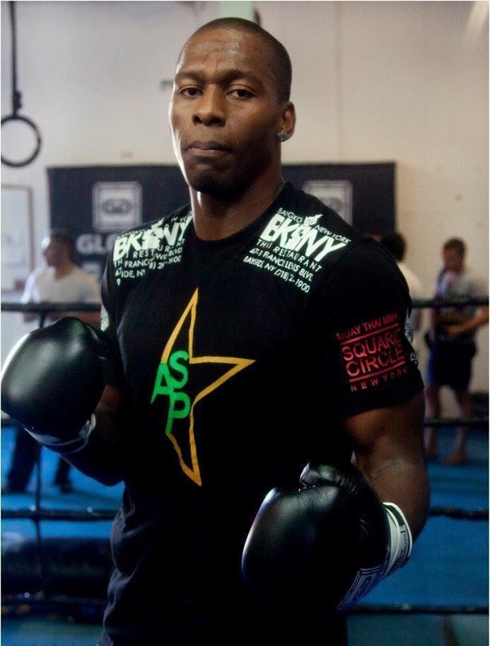 Wayne Barrett (kickboxer) wwwwkausacomimagesfotmWayne20Barrett203jpg