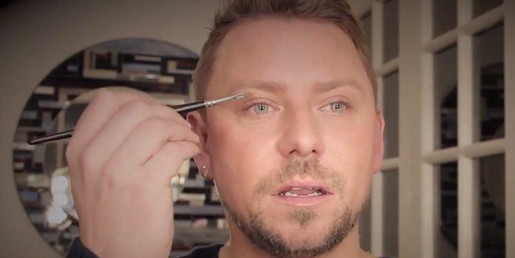 Wayne Goss Meet Wayne Goss Your New Favorite Beauty Vlogger Beautylish