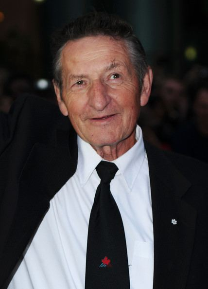 Walter Gretzky Walter Gretzky Photos quotScore A Hockey Musicalquot Premiere