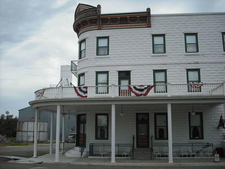 Weaver Hotel