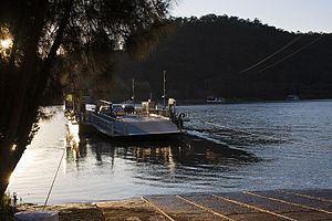 Webbs Creek Ferry httpsuploadwikimediaorgwikipediacommonsthu