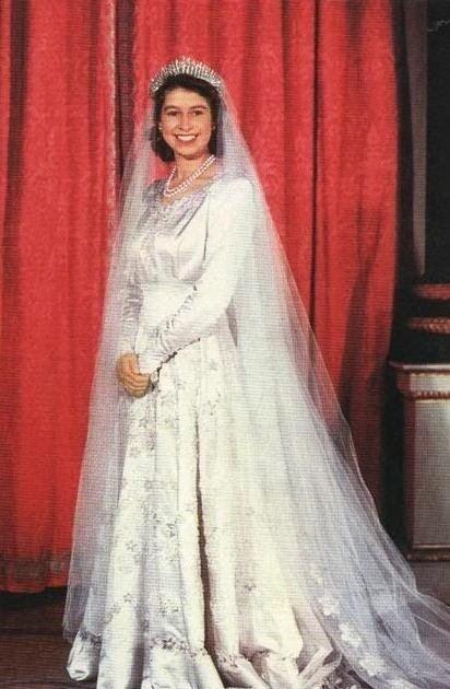 Wedding dress of Princess Elizabeth The Royal Order of Sartorial Splendor Wedding Wednesday Queen