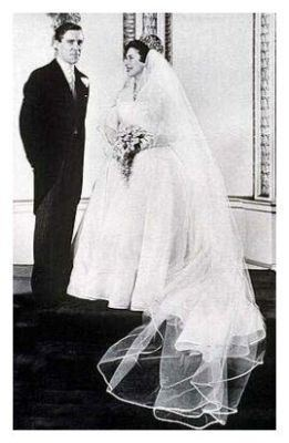 Wedding dress of Princess Margaret 1960 Royal Wedding Dress Picture of Princess Margaret Wedding