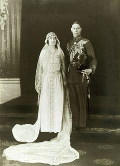 Wedding of Prince Albert, Duke of York, and Lady Elizabeth Bowes-Lyon httpsuploadwikimediaorgwikipediacommonsthu
