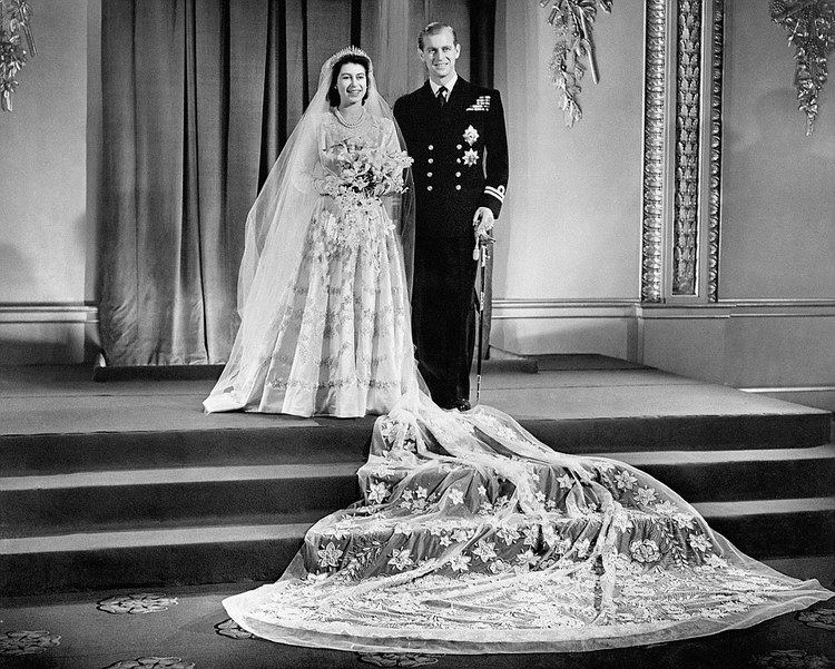 Wedding of Princess Elizabeth and Philip Mountbatten, Duke of Edinburgh Queen and Prince Philips 65th wedding anniversary FEMAIL marks