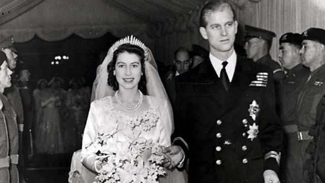 Wedding of Princess Elizabeth and Philip Mountbatten, Duke of Edinburgh BBC History Elizabeth IIs wedding pictures video facts news