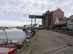 Wells Harbour httpsuploadwikimediaorgwikipediacommonsthu