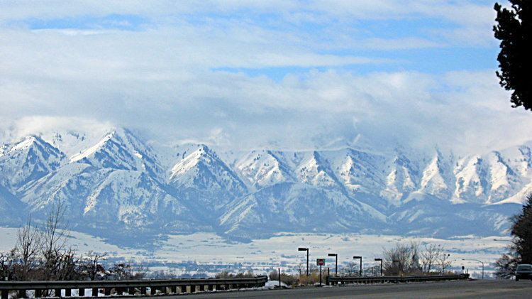 Wellsville Mountains Wellsville Mountains by amordragon on DeviantArt