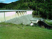 Wendefurth Dam httpsuploadwikimediaorgwikipediacommonsthu