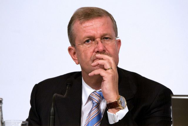 Wendelin Wiedeking ExPorsche CEO Wiedeking Charged Over Failed Volkswagen