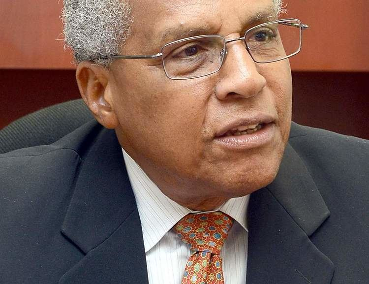 Wendell Mottley Trinidad Express Newspapers Business Mottley to retire