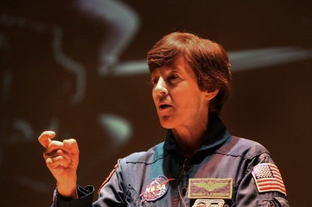 Wendy B. Lawrence Former NASA Astronaut Wendy Lawrence Merrillville