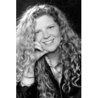 Wendy Bucklew s03artistimagesjangocoma90a90911f50517eb685f