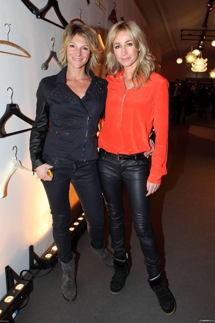 Wendy van Dijk Wendy van Dijk in een mooie zwarte leren broek Streetwear