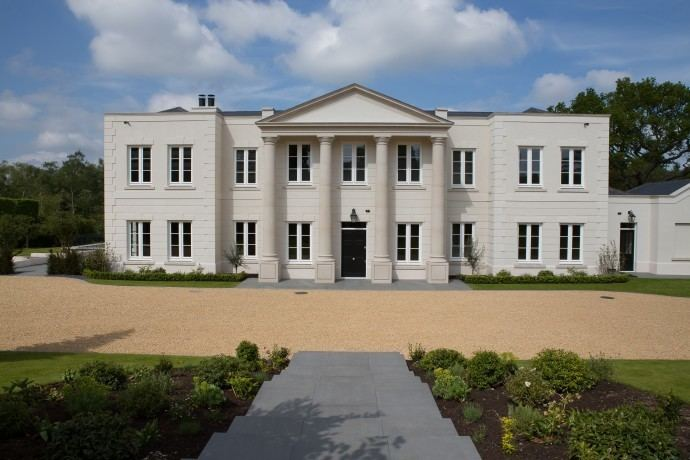 Wentworth Estate Wentworth Estate Top of the Pile Billionaire
