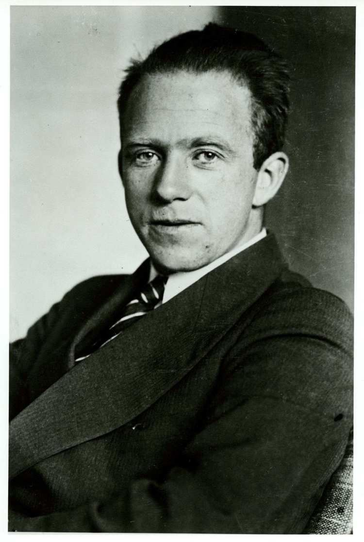 Werner Heisenberg WERNER HEISENBERG FREE Wallpapers amp Background images